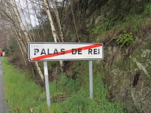 Leaving Palas de Rei